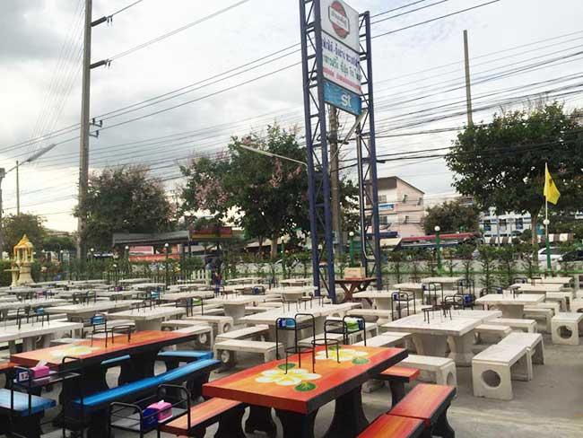 Barbecue Buffet Seafood Near Bangkok Suvarnabhumi Airport