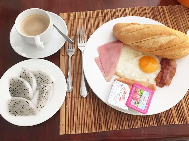 Best Hotel Vientiane Laos Lalco AR Breakfast