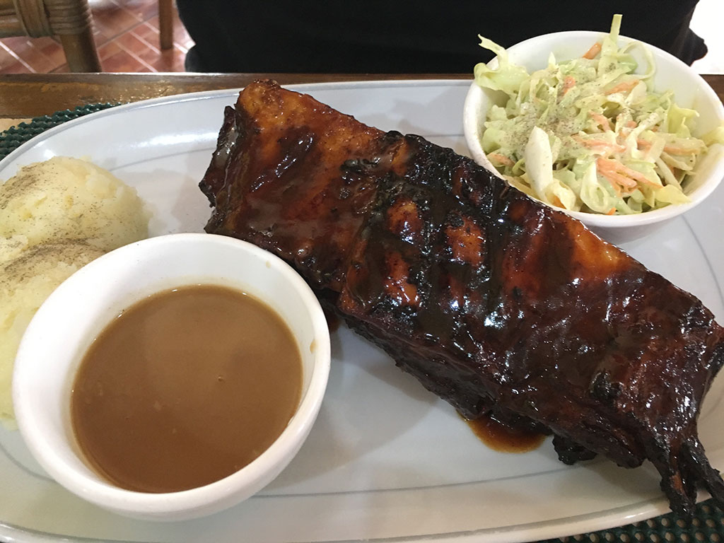 Best Place to Eat in Angeles City Philippines Tequila Reef Cantina Bar and Restaurant - St Louis RibsBest Place to Eat in Angeles City Philippines Tequila Reef Cantina Bar and Restaurant - St Louis Ribs