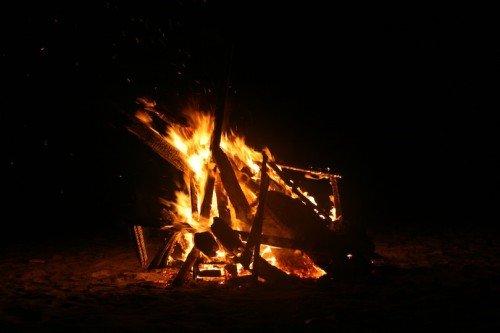 Hoas Place - Christmas in Da Nang Vietnam - 2010 - Bonfire on the Beach