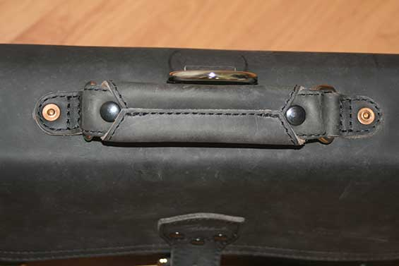 Handle of Saddleback Leather Thin Briefcase Carbon Black