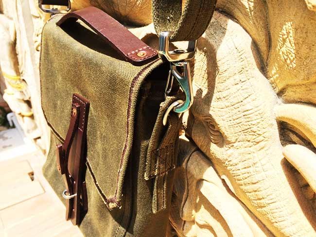 Indiana Gear Bag Saddleback Leather Mountainback Review - World Travel Thailand