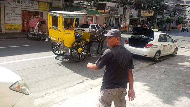 Manila Travel Scam - Avoid the Horse and Buggy Ride in Manila, Philippines