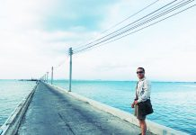 Taking a Walk - Naklua Fishing Pier - Pattaya, Thailand -Sony RX100 V Photography
