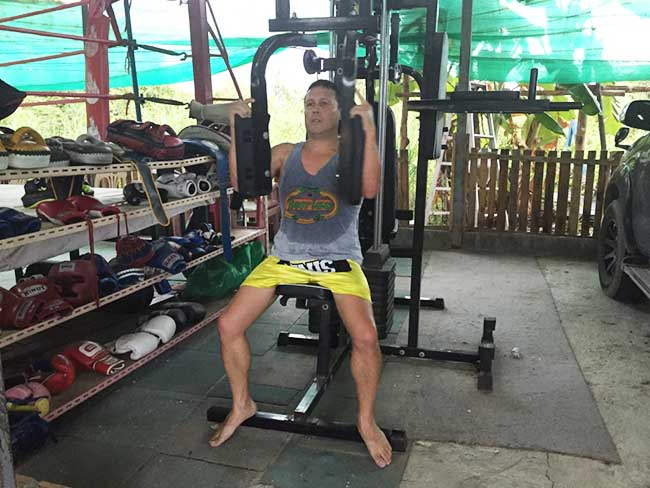 One-Hour Muay Thai Workout Plan for Expats in Thailand - Butterfly Weight Bench