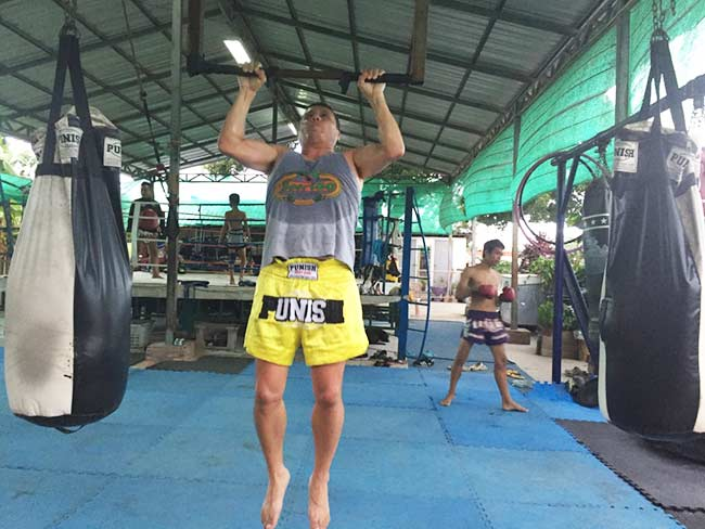 One-Hour Muay Thai Workout Plan for Expats in Thailand - Pull Ups