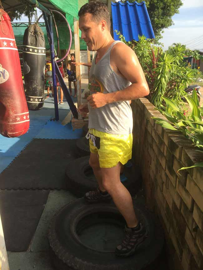 One-Hour Muay Thai Workout Plan for Expats in Thailand - Tire Cardio