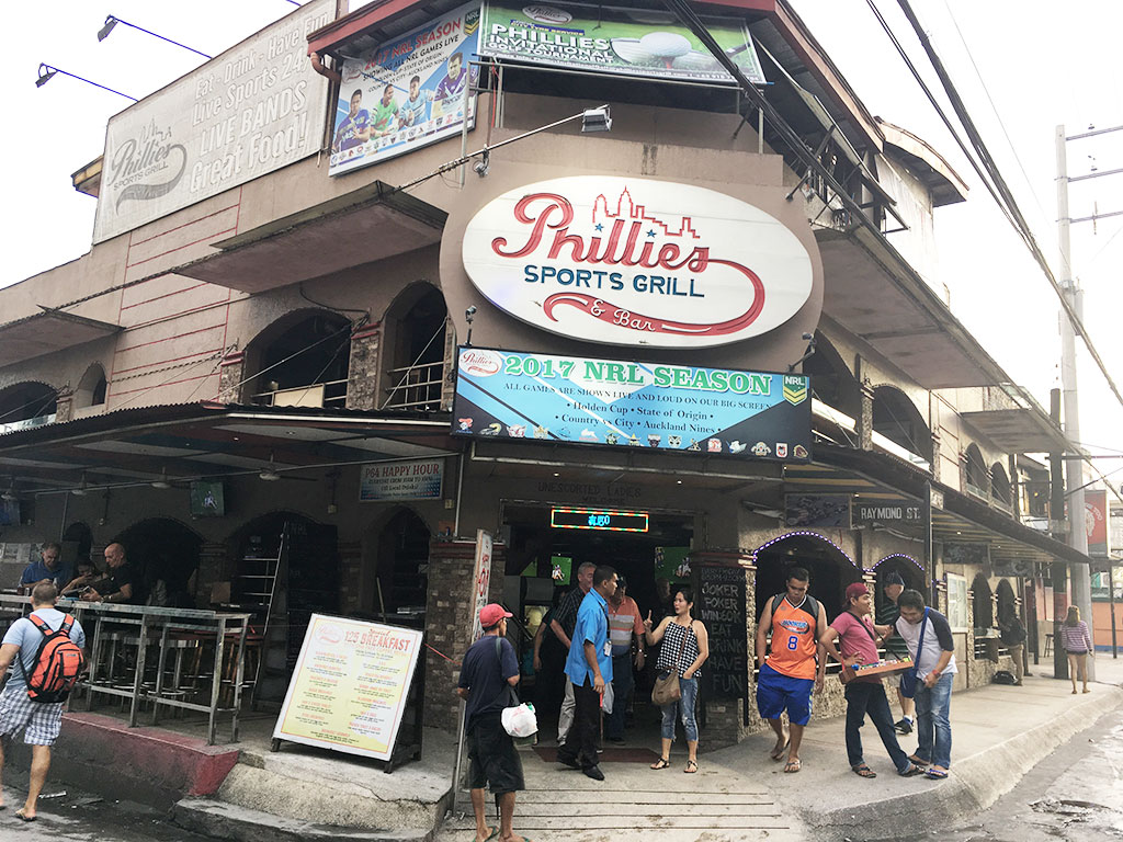 Phillies Sports Grill and Bar - Angeles City, Philippines