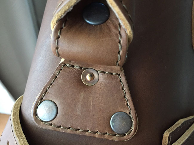 Saddleback Leather Classic Briefcase - Large - Tobacco - The Most Interesting Travel Bag - Handle Rivets Closeup View