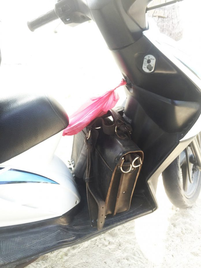 Saddleback Leather Thin Briefcase Travel Photos - Riding on the Motorbike in the Philippines