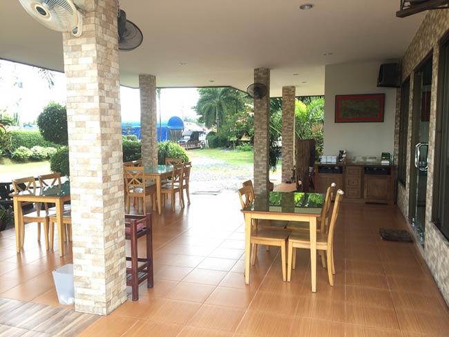 Silver Gold Garden Suvarnabhumi Airport Hotel Review Bangkok Thailand Restaurant Cheap Rates
